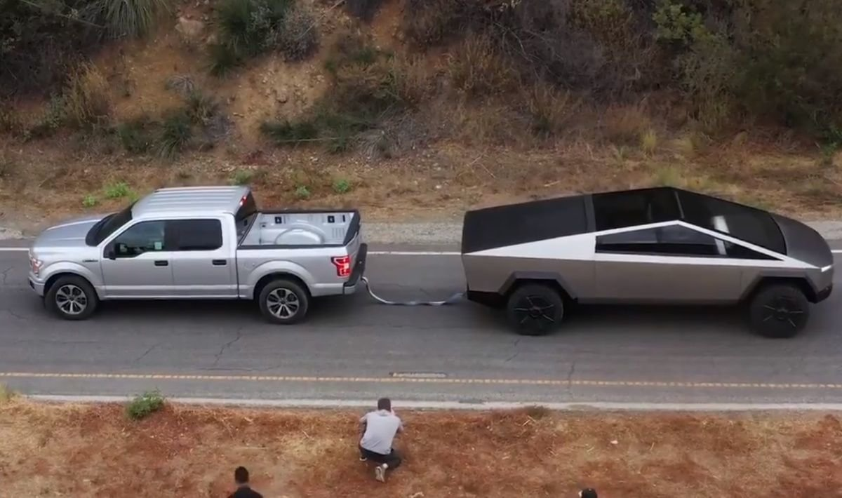 Tesla Cybertruck Tug Of War With Ford F 150