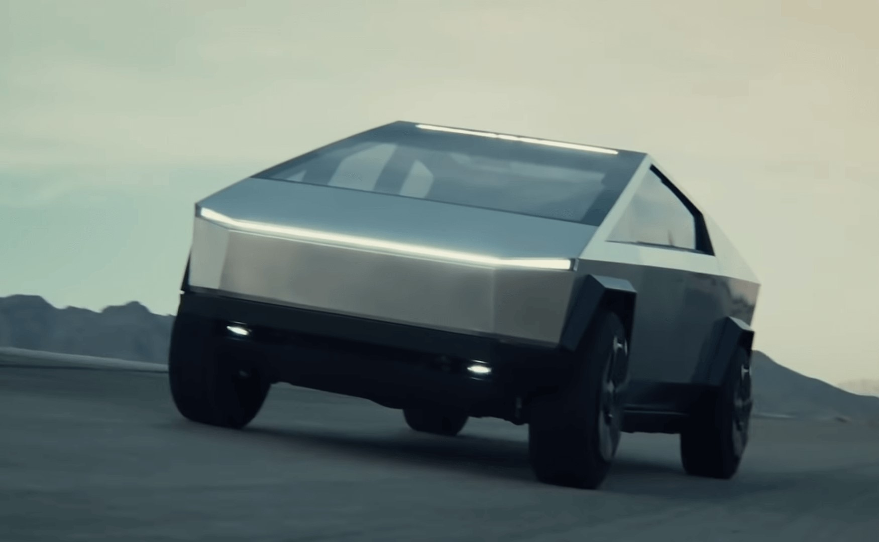 New-Tesla-Cybertruck-The-Reinvented-Pickup-Truck