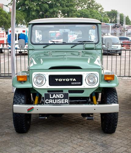 LandCruiser Without Tint
