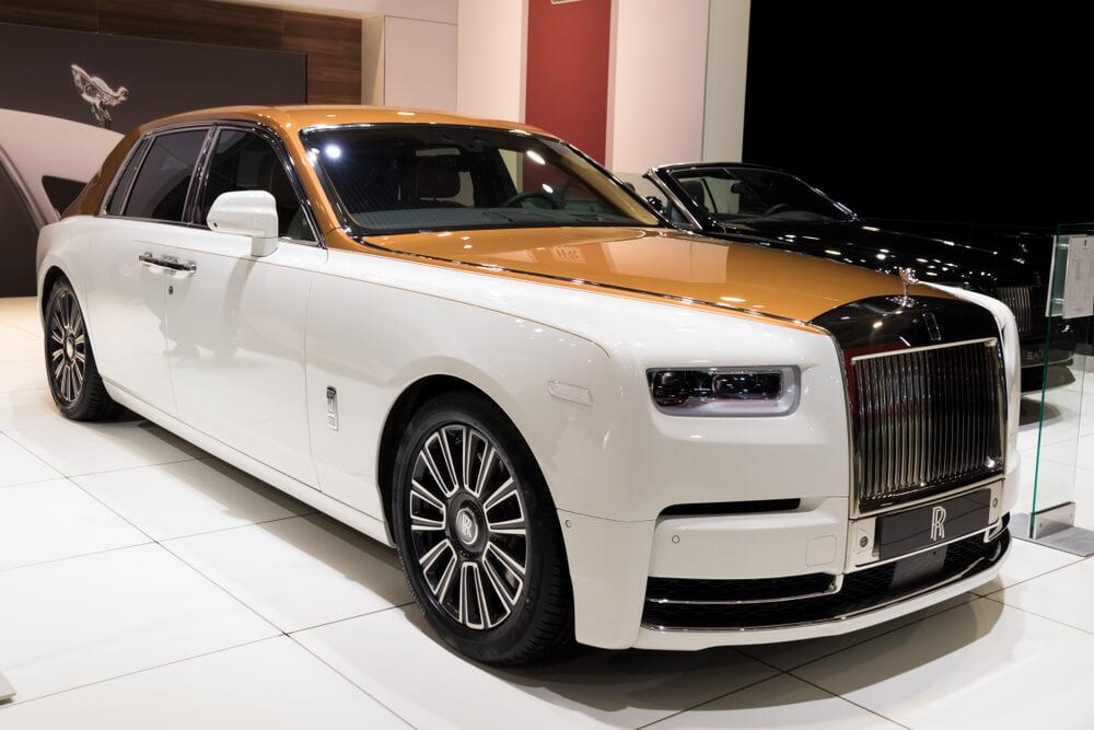 white and brown Rolls Royce Phantom luxury saloon car. - luxury cars rear-wheel drives