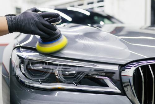 Make Your Car Shine With A Good Layer Of Car Polish