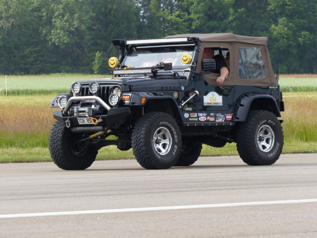 Jeeps Use Warn Winches And That's A Fact